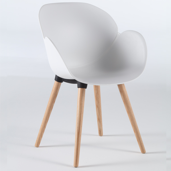 Niehoff Sushi Stuhl weiß mit Vierfuß